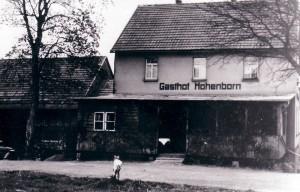Ein Foto des historischen Gasthofs in Hohenborn.