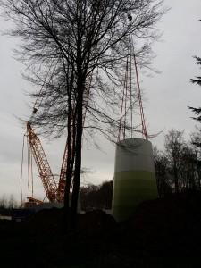 Einige Fotos zur Entstehung der Windkraftanlage Schenkelbergs